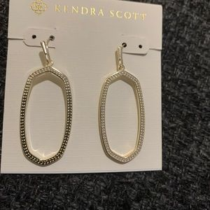 Kendra Scott Elle Open Frame Drop Earrings In Gold